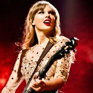 The-red-tour