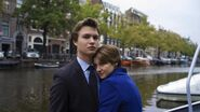 139943f8-3725-4b9e-ba82-46e47bdbc884 still-of-shailene-woodley-and-ansel-elgort-in-the-fault-in-our-stars-2014-large-picture