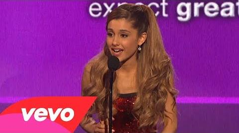 Ariana Grande - Favorite New Artist Of The Year (2013 AMAs)