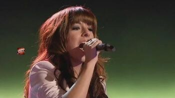"Christina Grimmie ""Wrecking Ball"" - The Voice USA Season 6 Blind Auditions"