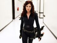 Black-widow-iron-man-2-1024x768