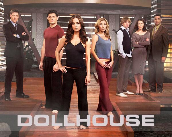 File:Tv dollhouse01.jpg