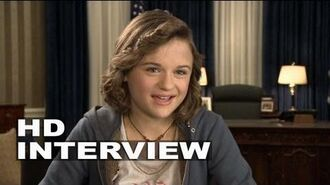 "White House Down Joey King ""Emily Cale"" On Set Interview"