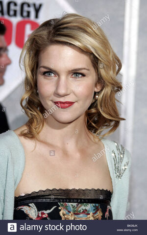 File:Rhea-seehorn-shaggy-dog-world-premiere-hollywood-los-angeles-usa-07-BK09JK.jpg