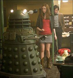 Amy, Doktor i Dalek