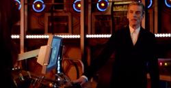Doktor w TARDIS