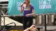 """""""Popular"""" (Jenni Barber) - Broadway in Bryant Park - 2014.07"""
