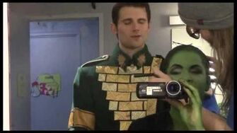 "Fly Girl Backstage at ""Wicked"" with Lindsay Mendez, Episode 11 Surprise Holiday Special!-0"