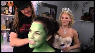 "Fly Girl Backstage at ""Wicked"" with Lindsay Mendez, Episode 1 'Greenifying' with the Fam-1"