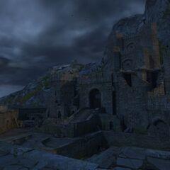 Kaer Morhen - wyższy dziedziniec