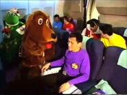 TheLandWigglyGrouponQantasAirplane