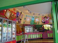 Sign-Crafters-Dreamworld-Wiggles-Food-Outlet-Coomera