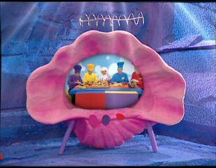 FruitSalad-WiggleFood