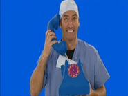 AnthonyonWigglyTelephoneinPopGotheWiggles