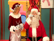 SantaClausandMrs.ClausonTelephone