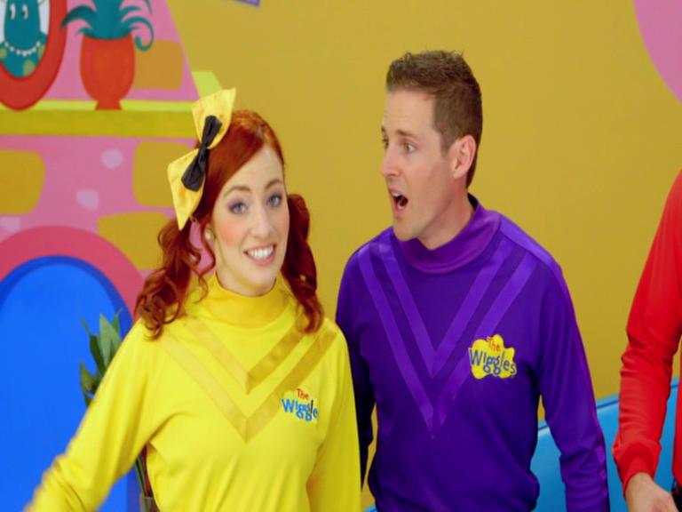 Yellow wiggle emma dating