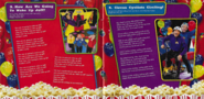 HotPoppin'Popcornalbumbooklet3
