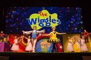 WigglyChristmasBigShow2