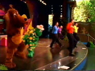QuackQuack-DisneylandLiveMedley
