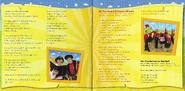 PopGoTheWiggles!USalbumbooklet7