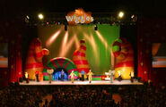 102904 TheWiggles JM194