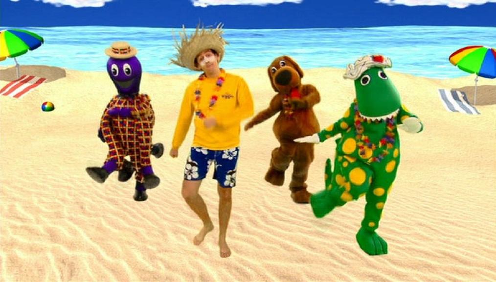 Beach beach sandy beach wigglepedia fandom powered by wikia beachbeachsandybeach voltagebd Choice Image