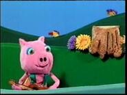 PigPlayingGuitar