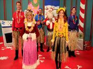 Hula,Hula,MerryChristmastoYa(Reprise)-Prologue