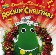 DorothytheDinosaur'sRockinChristmasalbumbooklet