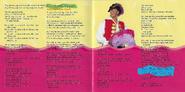 Wiggly,WigglyWorld!albumbooklet3