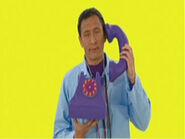 JeffonWigglyTelephoneinPopGotheWiggles