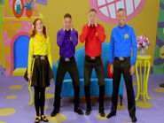 LachyShrinkstheWiggles!25