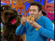 AnthonyEatingPizza