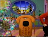 WigglyTelephoneinTheWigglyBigShow