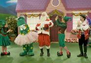 DorothyandSantaClausinDorothy'sRockin'Christmas