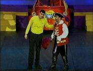 CaptainandGreginTheWigglyBigShow4