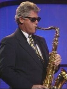 Clinton-playing-saxophone