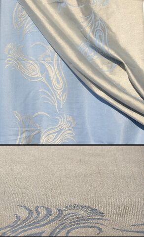 File:528 Light blue lilies with silk.jpg