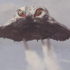 <b>CenturyHedo</b> on its flying form, while using his <b>Sulfuric Acid Mist</b>.