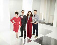 Will & Grace Season 10 Cast Photo (1)