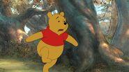 Winnie the Pooh running