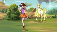 Stella Cowgirl Attire S8E18