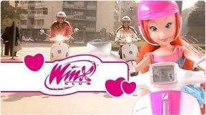 Winx Club - Fashion Dolls - Bloom's Vespa