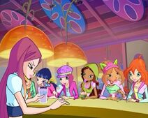 Roxy and Winx Frutti Music