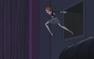 Луиза в прыжке