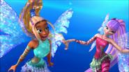Лейла и Муза подводные волосы