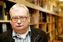 Andrzej-sapkowski-kezdetben-nem-hitt-a-the-witchersorozat-sikereben-es-ma-mar-nagyon-banja 1