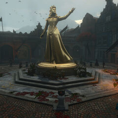 تمثال لها