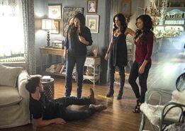 Witches of East End - Episode 2.09 - Smells Like King Spirit - Promotional Photos (9) FULL