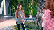 Andi Ruby mopping